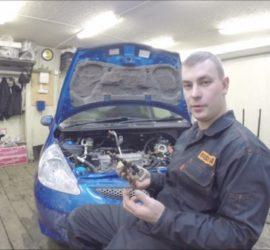 Как снять топливные форсунки Honda Fit